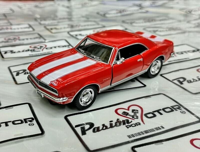 1:37 Chevrolet Camaro Z-28 1967 Rojo Franjas Blancas Kinsmart En Display / a Granel 1:32