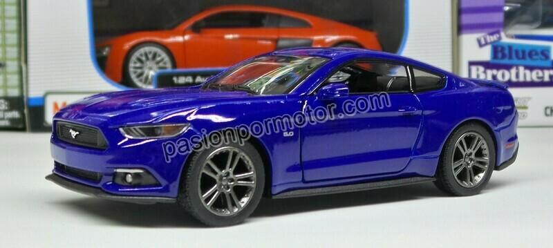 1:38 Ford Mustang GT 2015 Azul Kinsmart En Display a Granel 1:32 Shelby