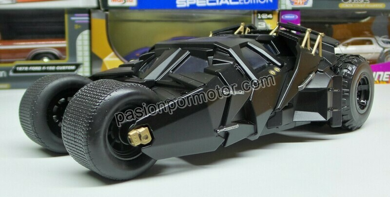 1:24 Batimóvil 2005 Tumbler Negro Mate The Dark Night Jada Toys Metals DC Comics En Display / A Granel