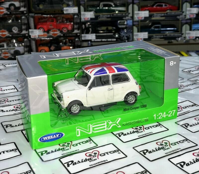 1:24 Mini Cooper 1300 1970 Blanco Con Bandera Inglaterra UK Welly C Caja