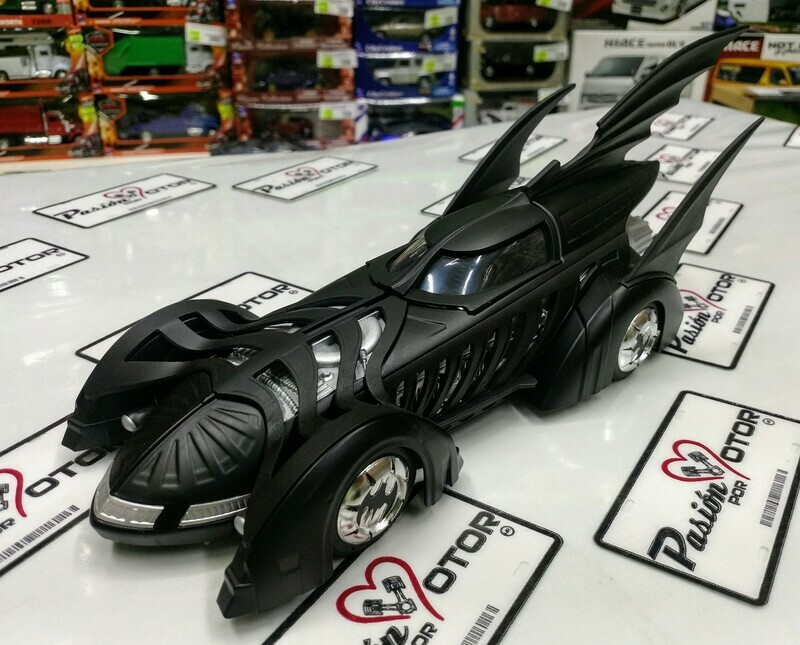1:24 Batimovil 1995 Batman Forever Jada Toys Metals DC Comics En Display / A Granel