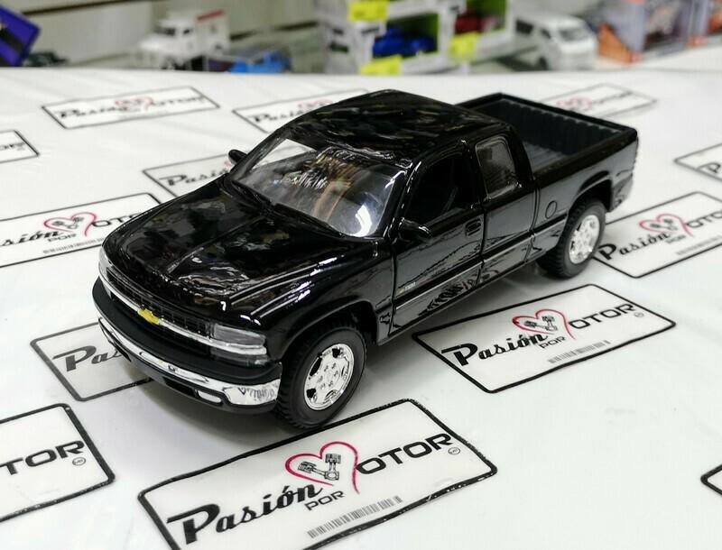 1:27 Chevrolet Silverado 1500 Extended Cab 1998 Negro Maisto Special Edition  Special Edition En Display / A Granel  1:24