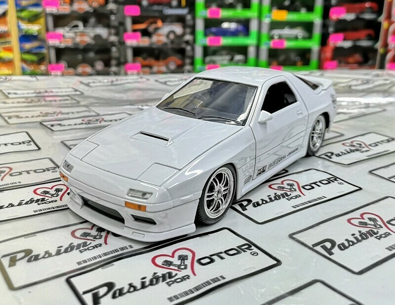 1:24 Mazda RX-7 FC3S 1985 Blanco Jada Toys JDM Tuners  En Display / a Granel