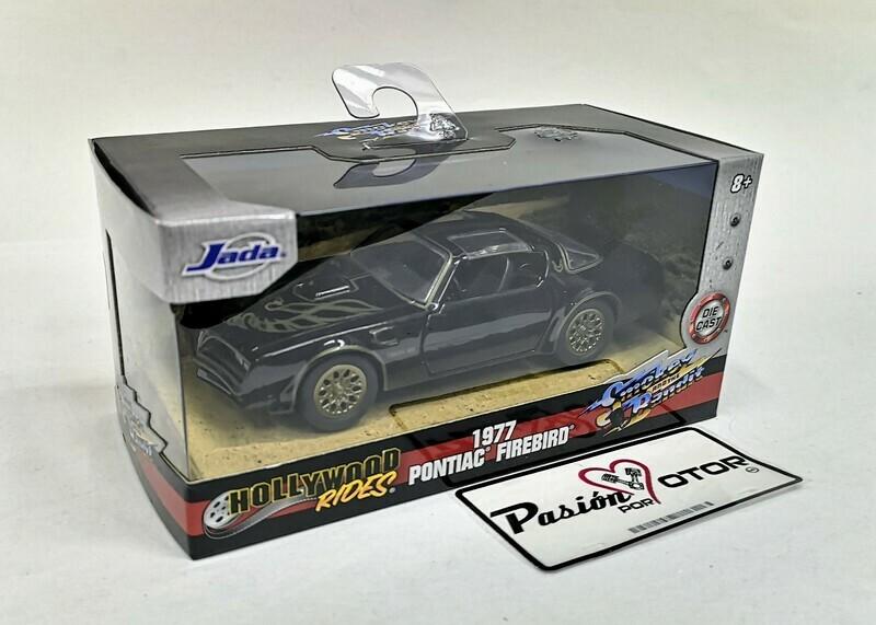 1:32 Pontiac Firebird 1977 Smokey and the Bandit Jada Toys Hollywood Rides En Caja