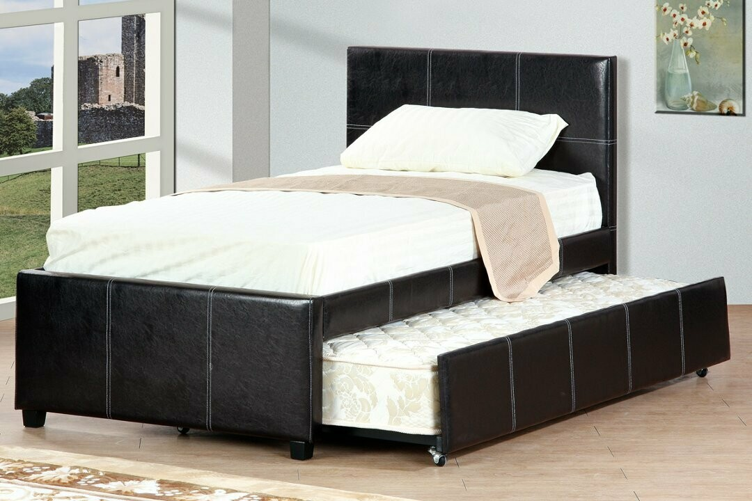 TRUNDLE BED WITH MATTRESSES