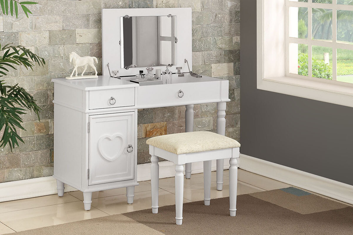 VANITY WITH STOOL IN WHITE