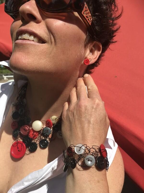 Ensemble Bijoux Royal Boutons Rouge et Noir