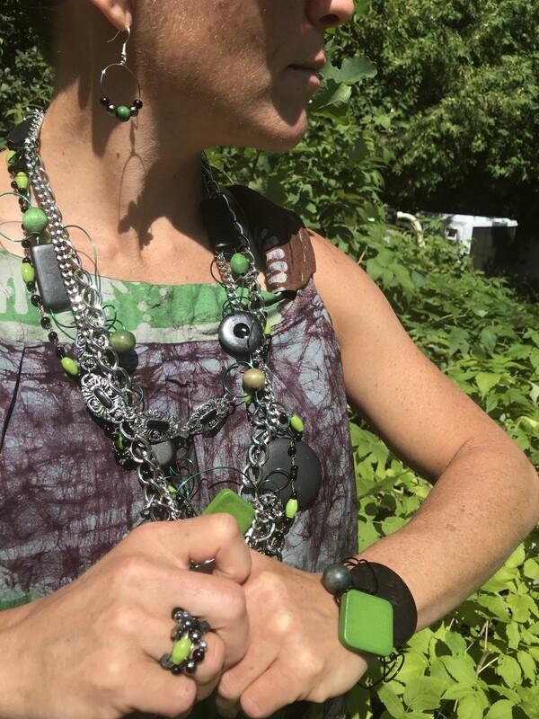 Ensemble Bijoux Triple Chaîne Vert