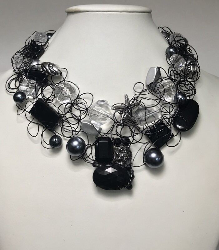 ENSEMBLE BIJOUX ROYAL NOIR
