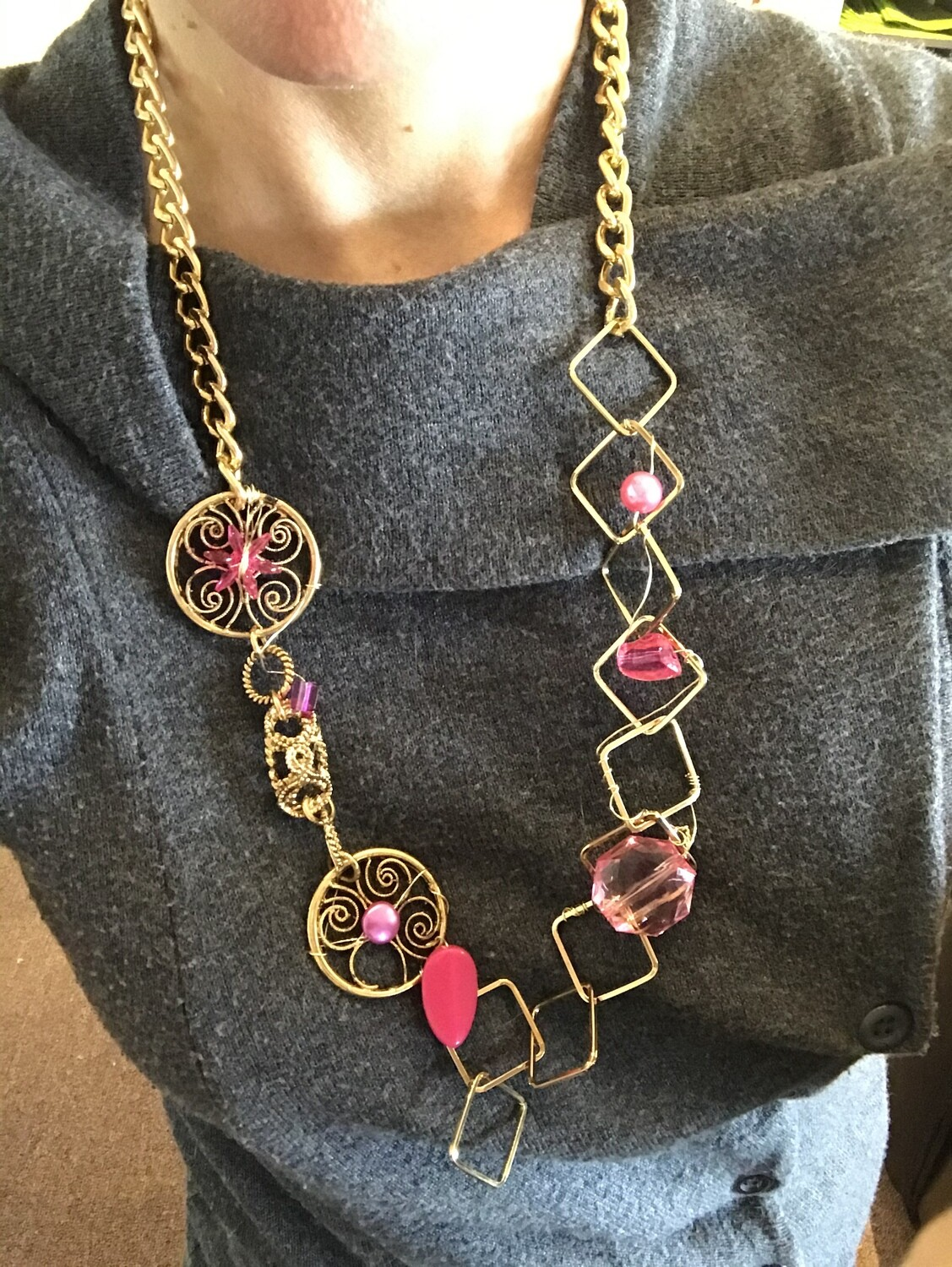 COLLIER ROSE D'OR