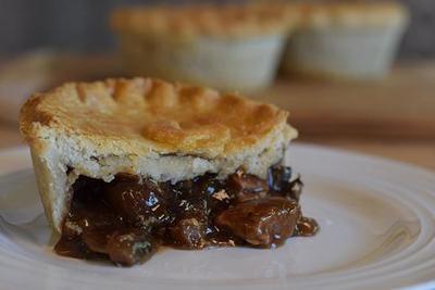 Pie Society Pie Beef Steak & Mushroom