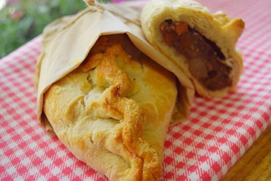 Pie Society Cornish Pasty 025093278815
