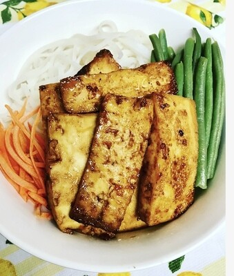 Fusion Cameroonian/American BBQ Tofu Rice Veggie rice noodles bowl
