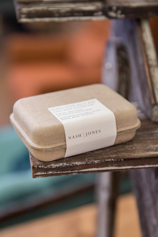 Nash and Jones - Cleansing Bar - White Bar (Goat Milk)