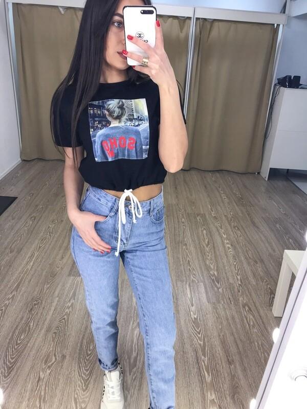 Черная укороченная футболка
