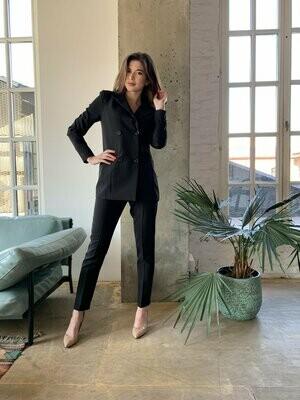 Женский костюм черный