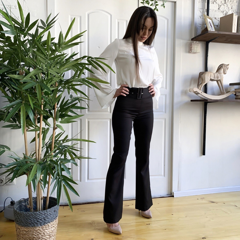 Костюм блузка с брюками