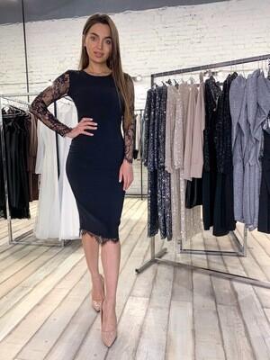 Платье миди с кружевом и открытой спиной