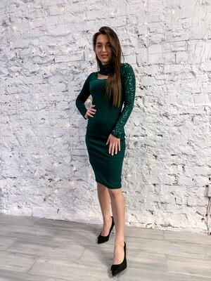 Платье миди с рукавом из пайеток