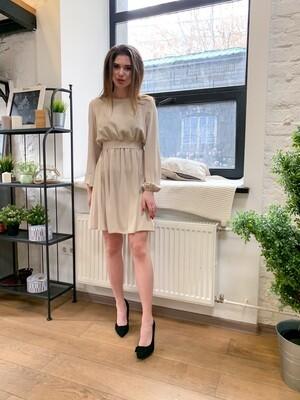 Платье мини с резинкой на талии