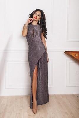 Платье в пол с вырезом и разрезом