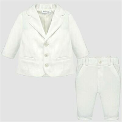 White Suit 2528 2/4m