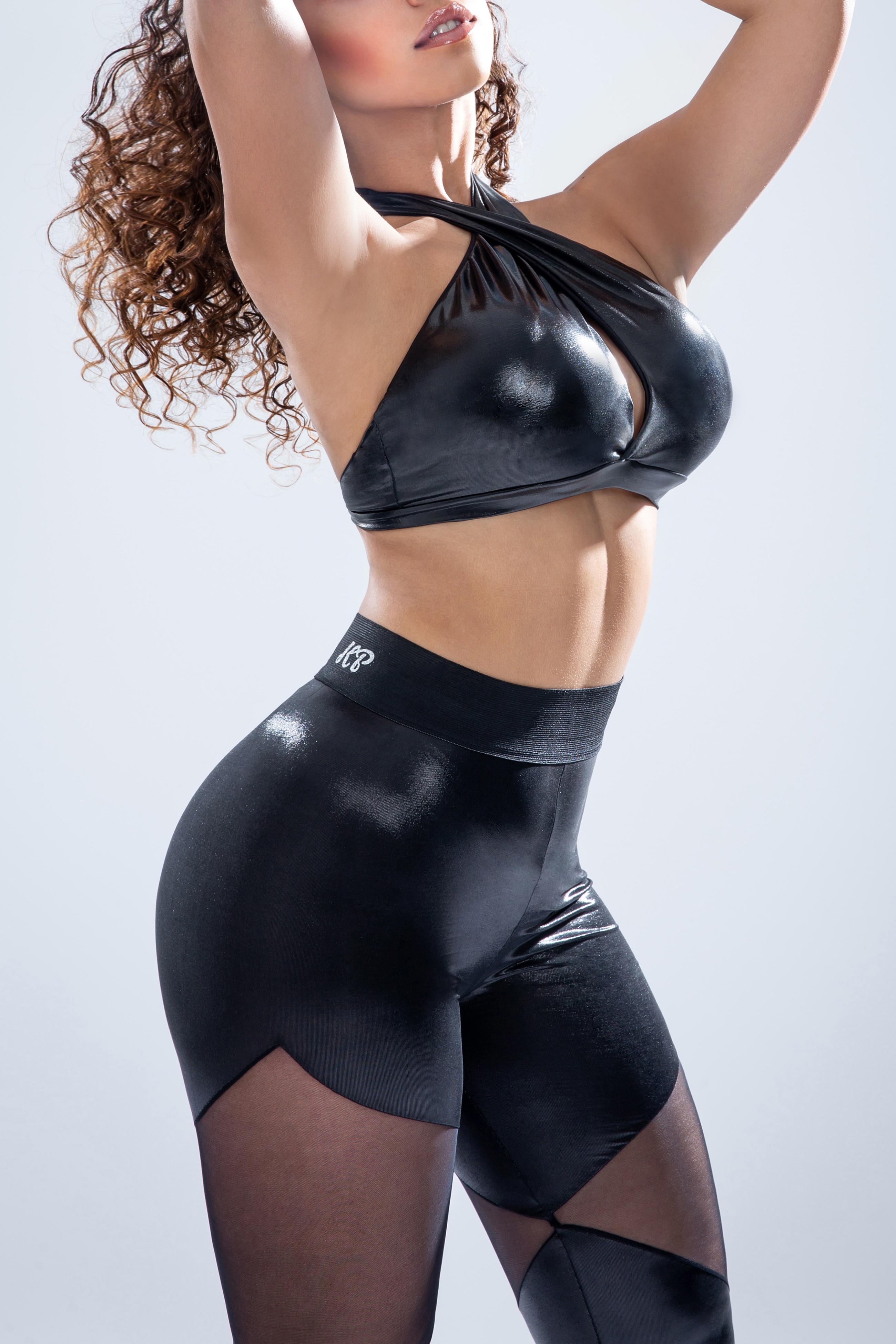 KP Dancer top with leggins C_KP_F_19_07_black