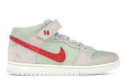 Nike SB Dunk Mid White Widow 4/20 Special
