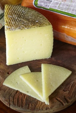 Manchego Cheese 250 gms