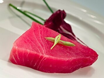 8oz Fresh Ahi YellowFin Tuna Wild Caught