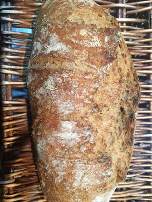 Pan integral , 50% harina integral orgánica 50% harina blanca, 750g