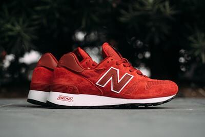 New Balance Red 1300