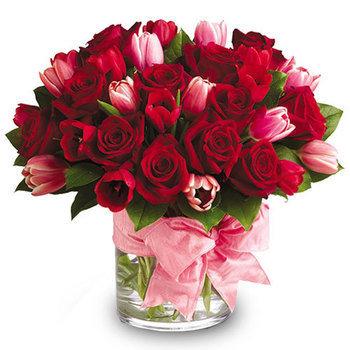 bc7ee123c3e Kütkestavale naisele – Mileedi: Lillekulleriga lillede saatmine üle Eesti