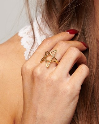 Everly Adjustable Star Ring