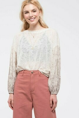 Contrast Sleeve Top With Twist-Back