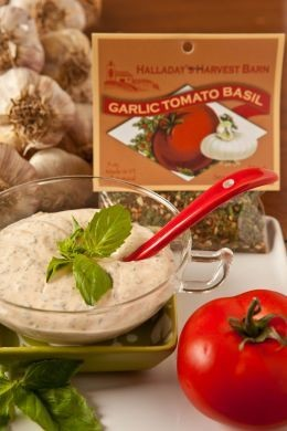 Halladay's Harvest Barn Garlic Tomato Basil Dip & Cooking Blend