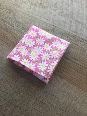 White / Pink Spring