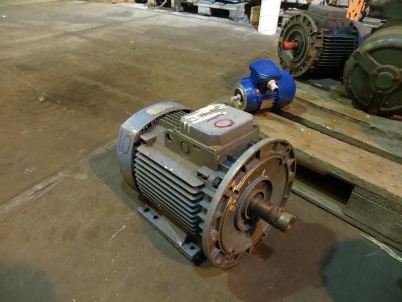10. El motorer - 8,5kw 440v 360o/m