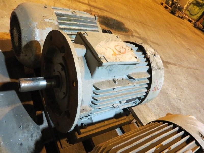 20. El motorer - 11kw 220/380v 2940o/m