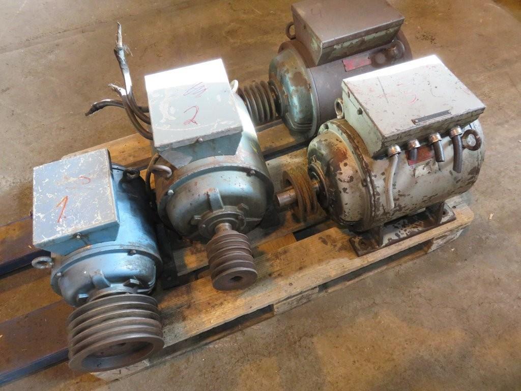 12. Generatorer - 3stk  24V generatorer