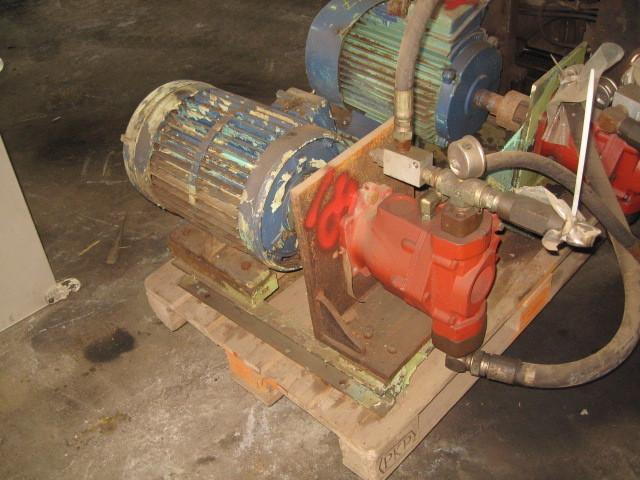 18. Hydraulik pumper - Variabel 70500-335C