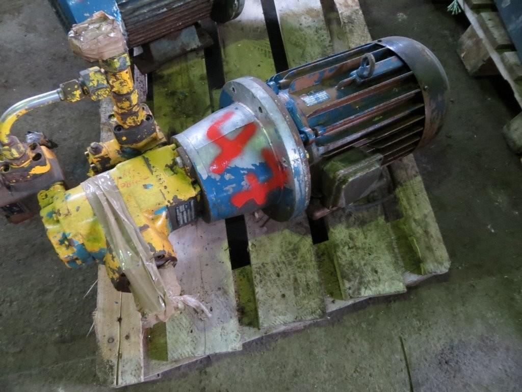 47. Hydraulik pumper - Abex Denison T3