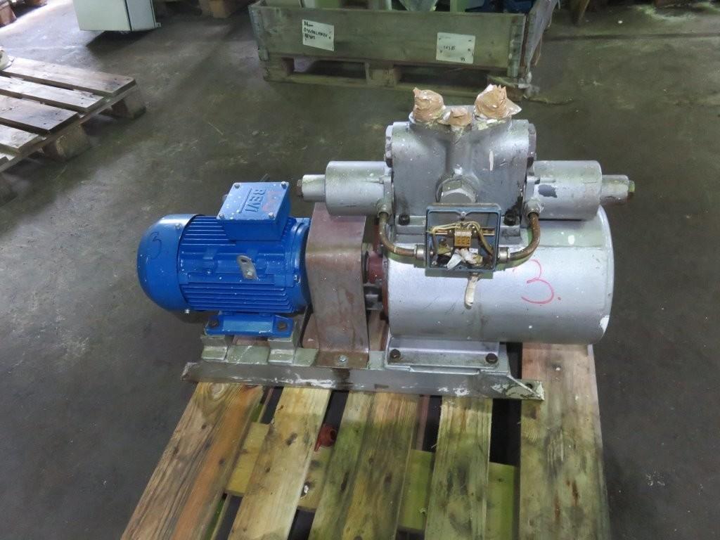3. Styremaskiner pumper - Tennfjord H-415