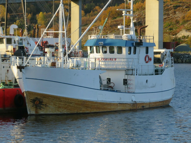 Okt.2019 skoleskipet Salthammer ankommet til hugging