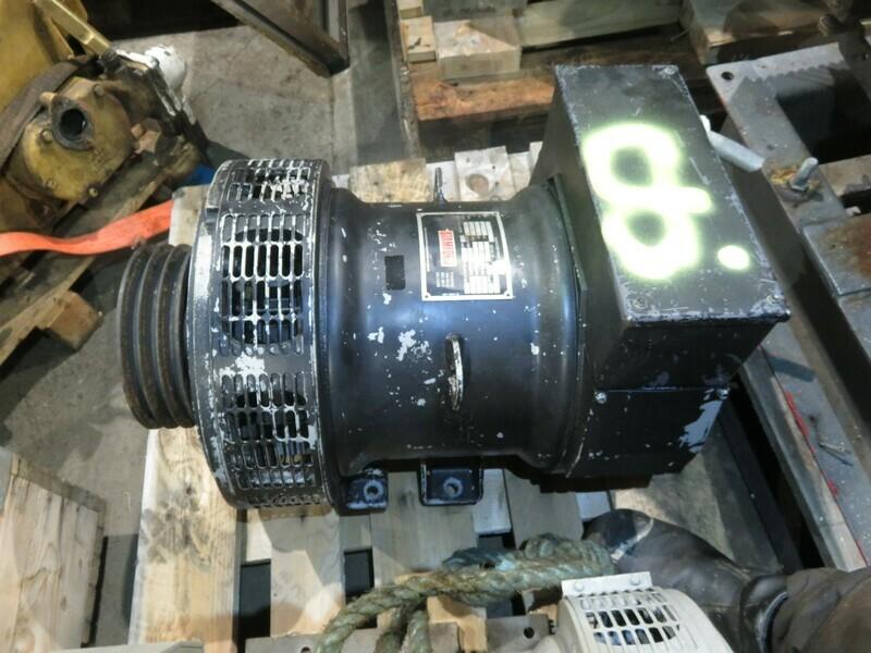 8. Generatorer -Stamford  20kva   230v