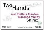 Two Hands Wines Bella's Garden Shiraz 2015 (750 ml)