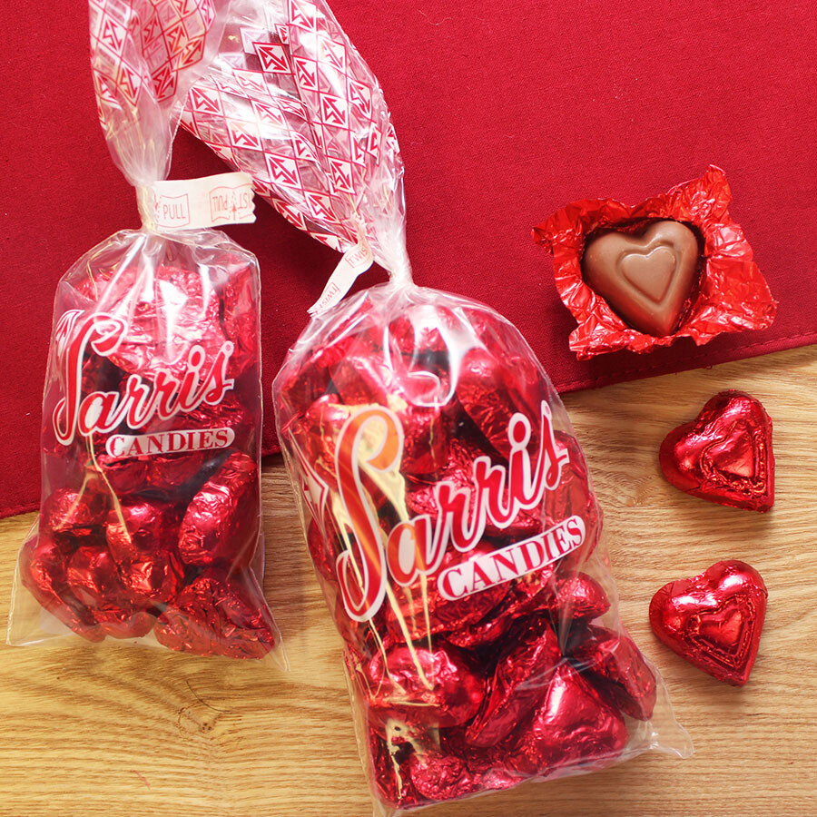 SARRIS VALENTINE CANDY FOILED RED HEART BAG 4 OZ