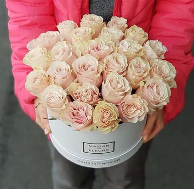 Коробка роз Пинк Мондиаль
