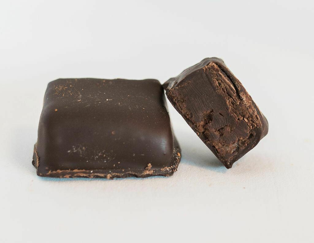 Dark Chocolate Chile Cinnamon Truffle - 1 pc