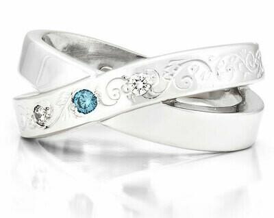 French Kiss Deux—Silver/1 Blue Diamond